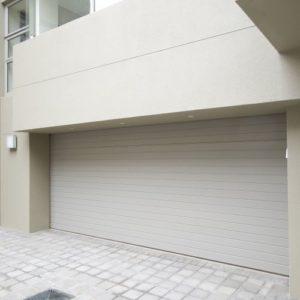 Product-Sectional-Door-Aluminium-White-Horizontal-Door-Nation-500h.jpg